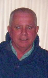 Mario Padre de Florencia, es el encargado de las mejoras en la Casona.